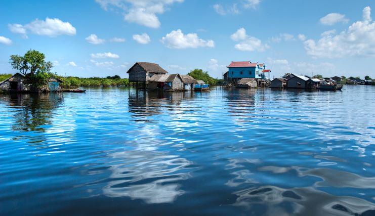 cambodge lac bleu
