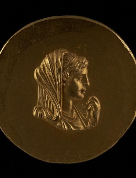 MÉDAILLE D'OR DÉPISTANT OLYMPIAS, MÈRE D'ALEXANDRE LE GRAND, ABUKIR, ÉGYPTE, 225-250 AD