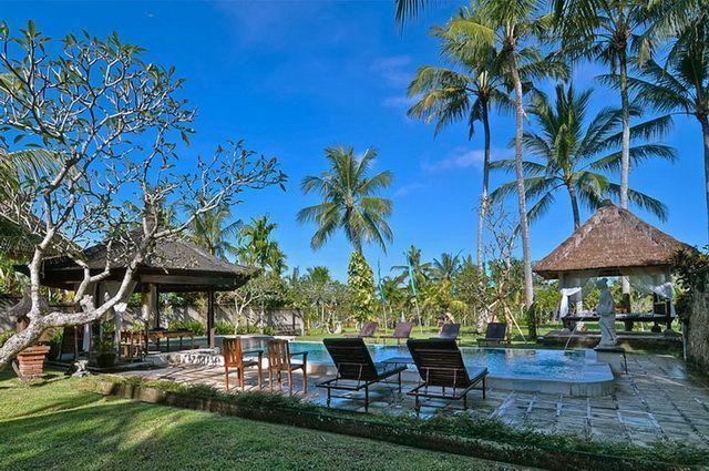 sejour combine ubud et bali sud 4 indonesie avec voyages leclerc asia ref 484231. Black Bedroom Furniture Sets. Home Design Ideas