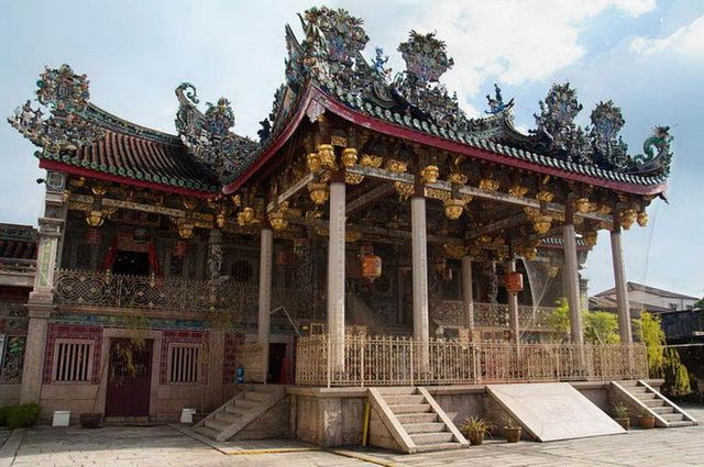 a-malaisie-penang-temple-chinois-4-go