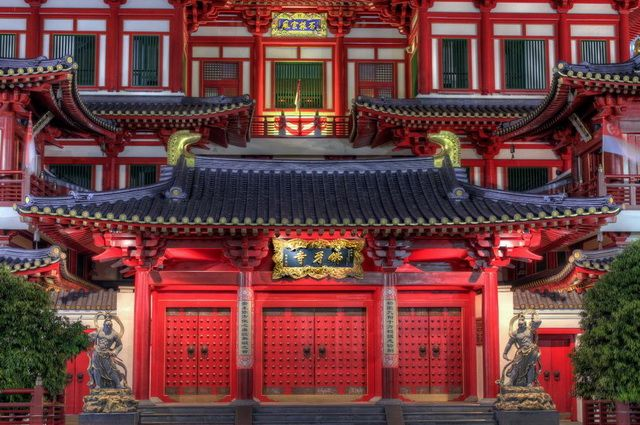 a-singapour-chinatown-buddha-tooth-relic-temple-2-go