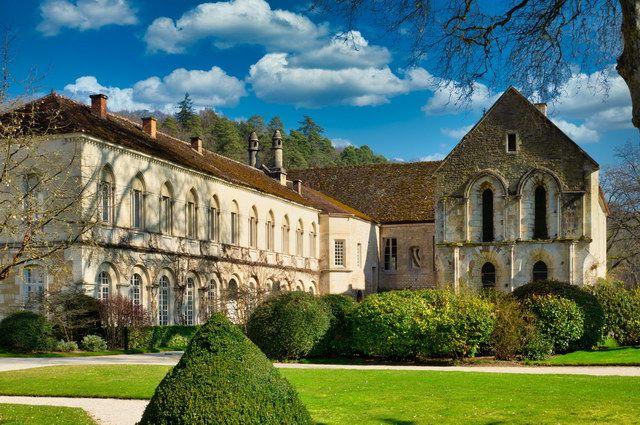 Trésors de la Bourgogne ducale et monacale, France - Collection Intermèdes by Asia - 1