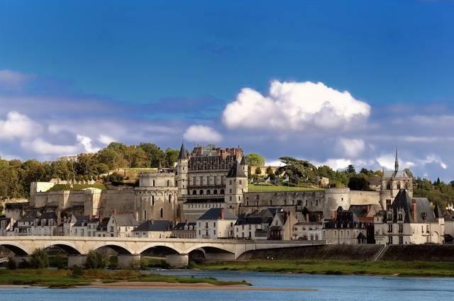 Les châteaux de la Loire, France - Collection Intermèdes by Asia