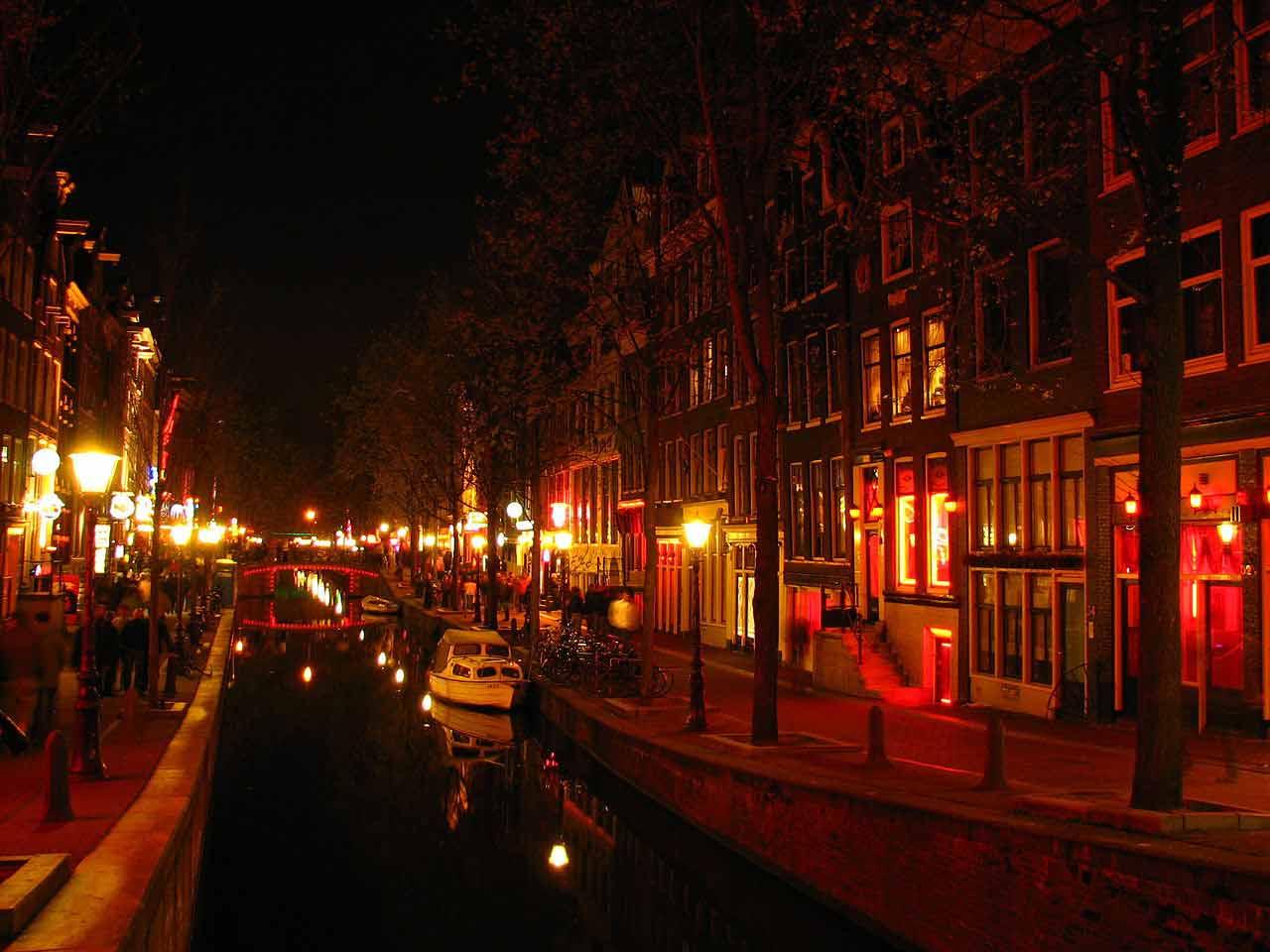 Amsterdam et son romantisme indécent