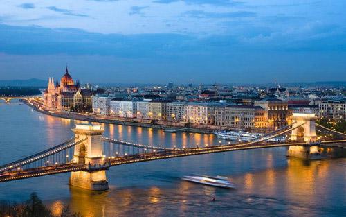 Dîner-croisière sur le Danube à Budapest