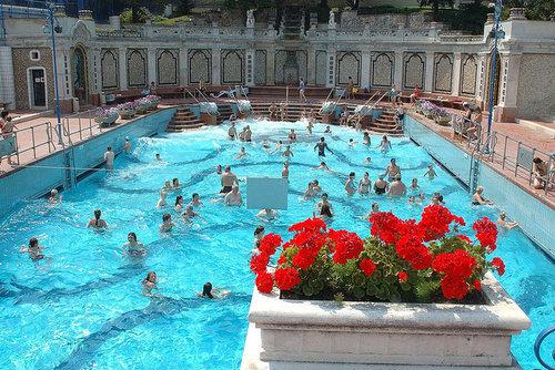 bains-gellert-budapest-billet-entree-une-journee
