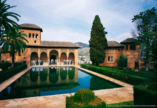 grenade-tour-de-alhambra-et-les-jardins-du-generalife