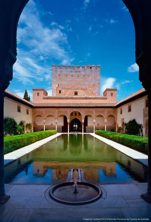 visite-du-palais-des-nasrides-a-l-alhambra