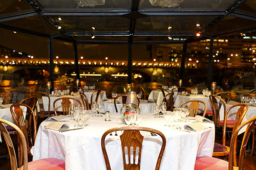 marina-tables-croisiere-repas-paris-romantique