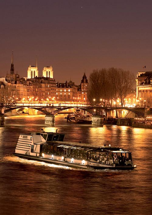 la-marina-a-paris-bateaux-diner-croisiere-champagne