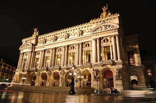 opera-garnier-exterieur-tour-en-bus-croisiere