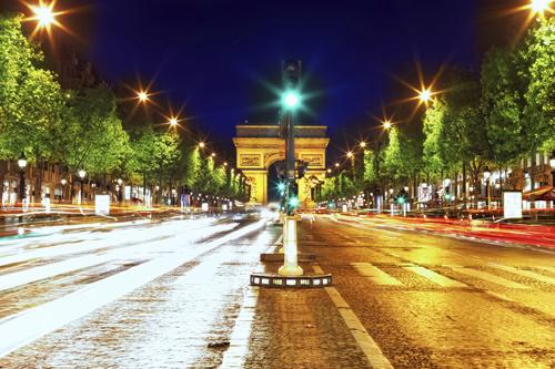 champs-elysees-avenue-excursion-a-paris