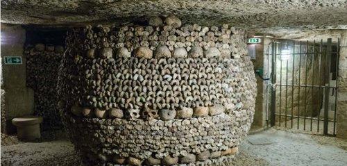 acces-prioritaire-catacombes-de-paris-visite-guidee