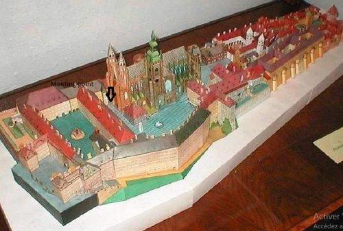 cathedrale-saint-vieux-prague-avec-entree-coupe-file
