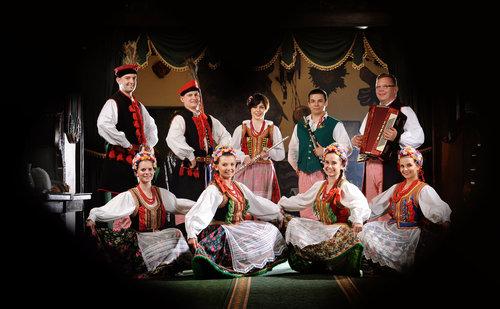 spectacle-folklorique-polonais-a-cracovie