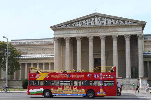 budapest-tour-bus-arret-multiple