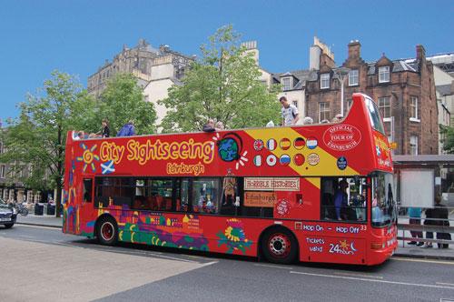 tour-d-edimbourg-en-bus-a-arrets-multiples