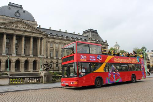 Tour de Bruxelles en bus à arrêts multiples*
