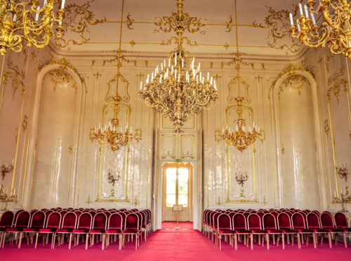 visite-guidee-palais-royal-godollo