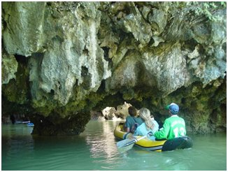 Tour en kayak à la découverte des îles de la baie de Phang Nga