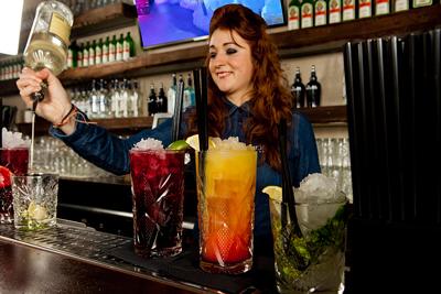 trois-boissons-gratuites-au-bar-xtracold