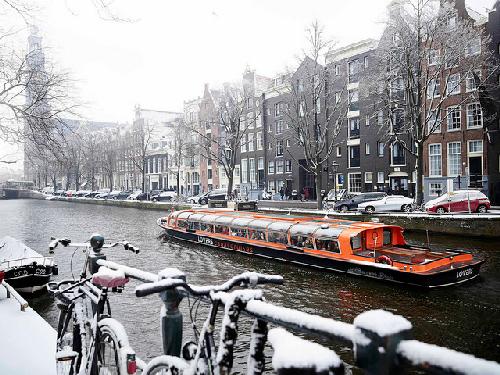 croisiere-sur-les-canaux-de-la-ville-amsterdam