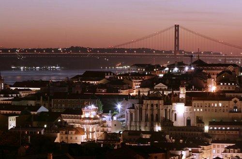Lisbonne : tour de la ville avec un dîner et spectacle folklore