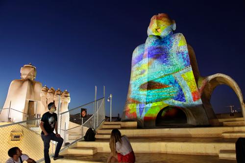 projection-lumiere-visite-artistique-barcelone