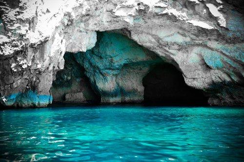 excursion-a-la-grotte-bleu-et-le-village-de-marsaxlokk