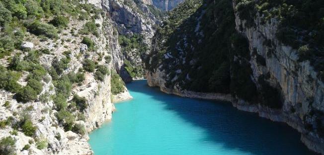 excursion-moustiers-sainte-marie-depart-aix-en-provence
