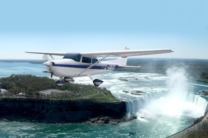 Chutes du Niagara : excursion en avion