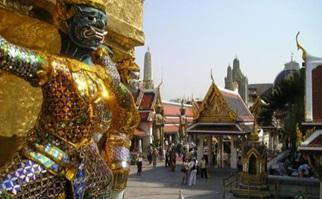 temples-de-bangkok-et-palais-royal-excursion-privee