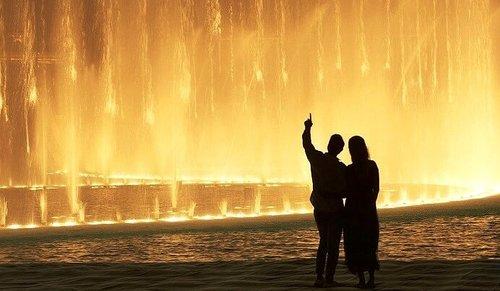 Billet d'entrée au sommet de Burj Khalifa (125 ème étage) et promenade à la fontaine de Dubaï