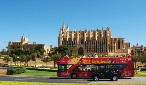 hop-on-hop-off-palma-de-majorque
