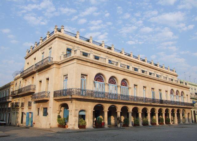 Santa Isabel 5*