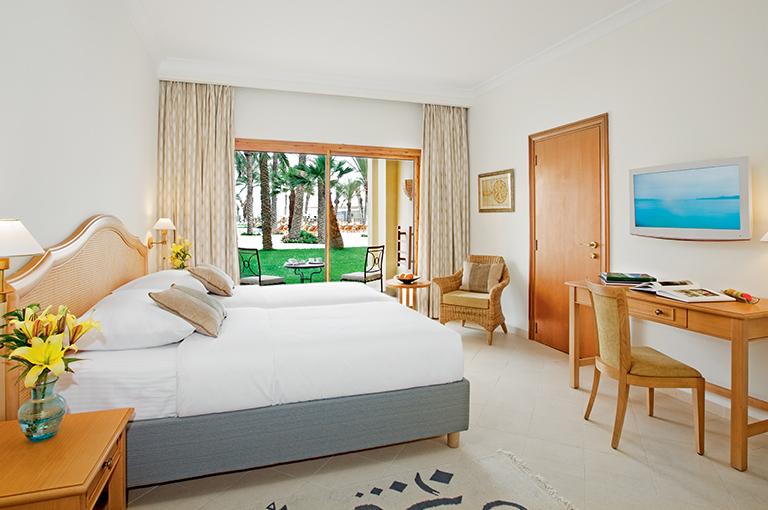 Sejour movenpick resort marine spa sousse 5 pension for Vacances pension complete