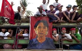 Aung San Suu Kyi soutient