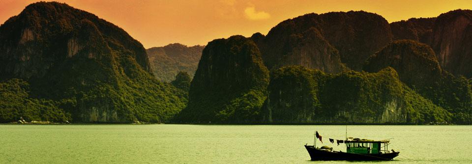 Profitez d'un voyage sur mesure au Vietnam avec chauffeur et guide privatifs