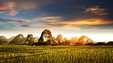 Campagne aux paysages magnifiques à yangshuo en Chine