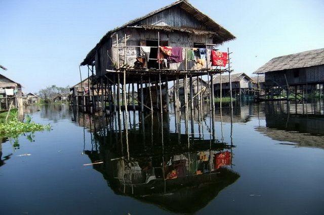a-birmanie-lac-inle-village-maisons-sur-pilotis-5-go
