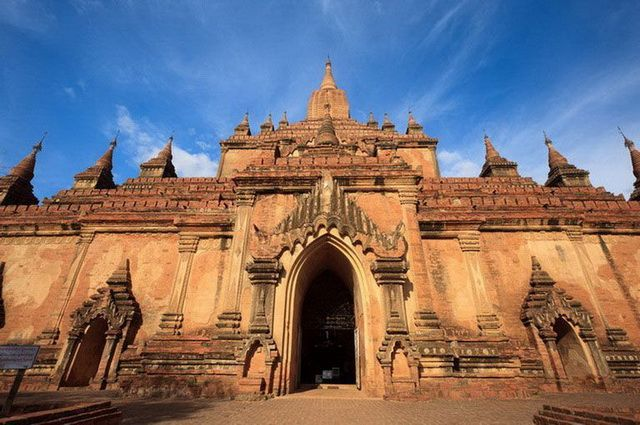 a-birmanie-pagan-temple-de-htilominlo-go
