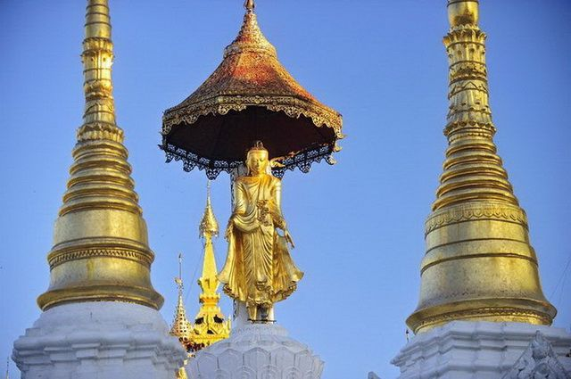 a-birmanie-rangoon-pagode-shwedagon-20-go
