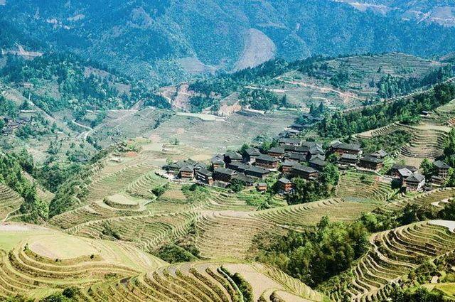a-chine-longsheng-longji-rizieres-en-terrasse-11-go