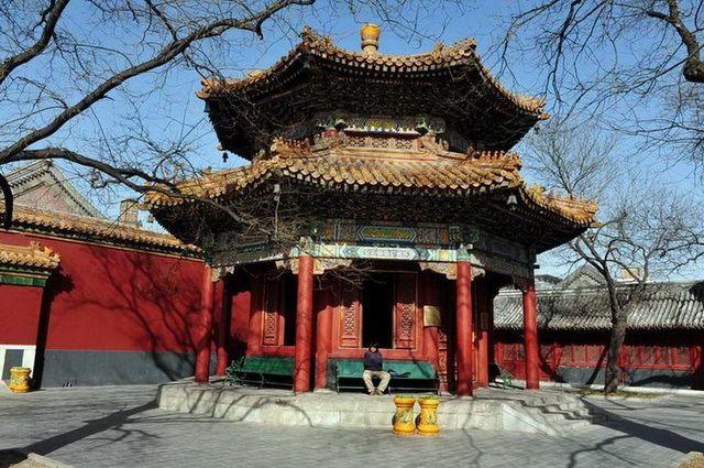 a-chine-pekin-temple-des-lamas-7-go