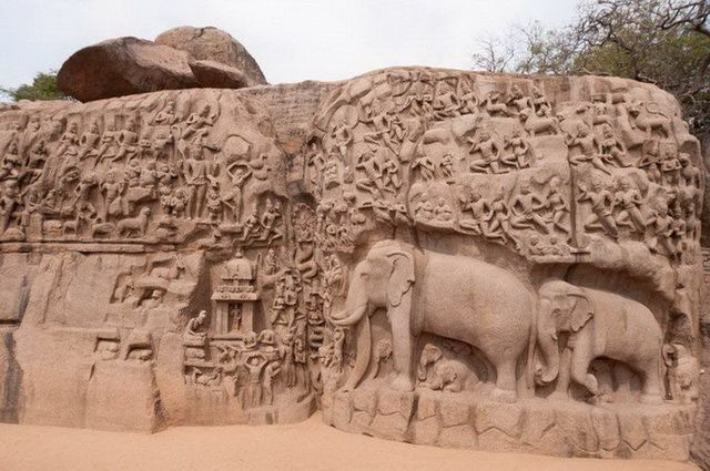 a-inde-mahabalipuram-la-penitence-d-arjuna-1-go