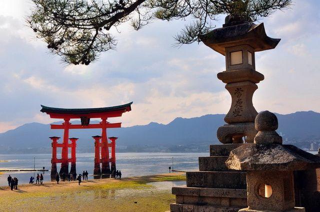 a-japon-miyajima-sanctuaire-itsukushima-torii-11-go