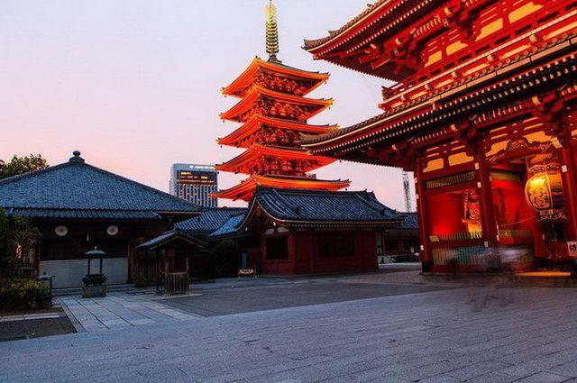 a-japon-tokyo-quartier-asakusa-temple-senso-ji-8-go