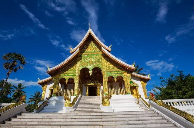 a-laos-luang-prabang-temple-wat-may-3-go