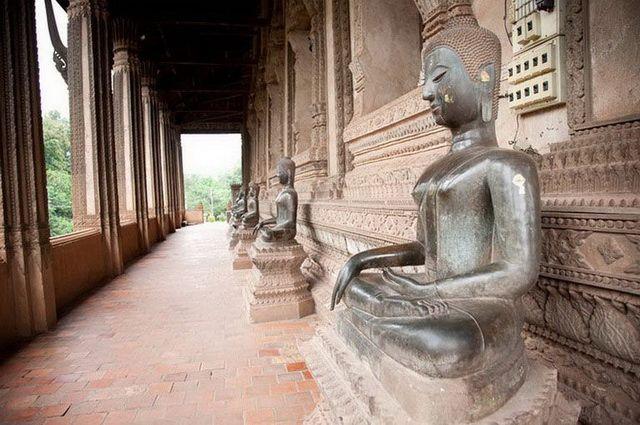 a-laos-vientiane-temple-haw-phra-kaew-4-go