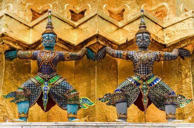 a-thailande-bangkok-grand-palais-wat-phra-kaeo-7-go